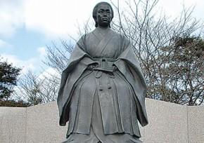 天璋院篤姫(てんしょういんあつひめ) 銅像
