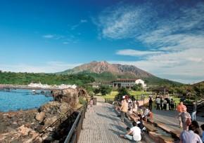 「桜島」溶岩なぎさ公園 足湯